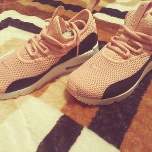 Nike Air Max 90 Ez Running Sneakers